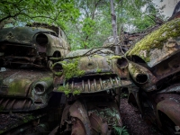 urbex-urban-exploration-opuszczone-abandoned-urbex-net_-pl-decay-decayed-car-graveyard-cmentarzysko-car-auto-rusty-12