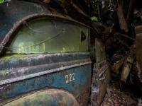 urbex-urban-exploration-opuszczone-abandoned-urbex-net_-pl-decay-decayed-car-graveyard-cmentarzysko-car-auto-rusty-13