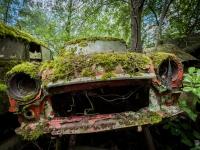 urbex-urban-exploration-opuszczone-abandoned-urbex-net_-pl-decay-decayed-car-graveyard-cmentarzysko-car-auto-rusty-7