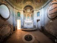 villa-cappella-funeraria-willa-manor-mansion-chatoue-Italy-Wlochy-luoghi-abbandonati-urbex-urban-exploration-urbex.net_.pl-9