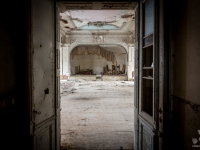 urbex-germany-abandoned-ballroom-7