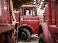 firetrucks-cmentarzysko-samochodow-cars-graveyard-France-Francja-lieux-abandonnes-urbex-urban-exploration-abandoned-urbex.net_.pl-11