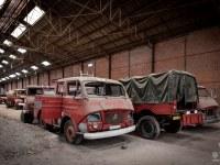 firetrucks-cmentarzysko-samochodow-cars-graveyard-France-Francja-lieux-abandonnes-urbex-urban-exploration-abandoned-urbex.net_.pl-2