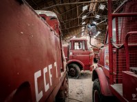 firetrucks-cmentarzysko-samochodow-cars-graveyard-France-Francja-lieux-abandonnes-urbex-urban-exploration-abandoned-urbex.net_.pl-5
