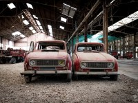 firetrucks-cmentarzysko-samochodow-cars-graveyard-France-Francja-lieux-abandonnes-urbex-urban-exploration-abandoned-urbex.net_.pl-7
