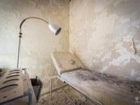 Ospedale-Scala-a-Chiocciola-hospital-Italy-Wlochy-luoghi-abbandonati-urbex-urban-exploration-abandoned-urbex.net_.pl-3