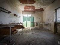 Ospedale-Scala-a-Chiocciola-hospital-Italy-Wlochy-luoghi-abbandonati-urbex-urban-exploration-abandoned-urbex.net_.pl_