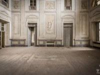 palazzo-L-palac-palace-mansion-manor-chatoue-Italy-Wlochy-luoghi-abbandonati-urbex-urban-exploration-abandoned-urbex.net_.pl-5