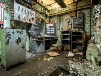 pzl-wola-warszawa-warsaw-abandoned-opuszczone-urbex-factory-industry-fabryka-21