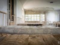 red-cross-szpital-hospital-Italy-Wlochy-luoghi-abbandonati-urbex-urban-exploration-abandoned-miejsca-opuszczone-urbex.net_.pl-15