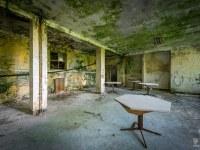 red-cross-szpital-hospital-Italy-Wlochy-luoghi-abbandonati-urbex-urban-exploration-abandoned-miejsca-opuszczone-urbex.net_.pl-21