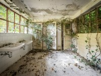 red-cross-szpital-hospital-Italy-Wlochy-luoghi-abbandonati-urbex-urban-exploration-abandoned-miejsca-opuszczone-urbex.net_.pl-5