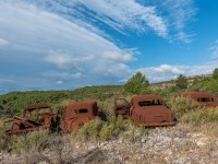 rusty-cars-cmentarzysko-samochodow-cars-graveyard-France-Francja-lieux-abandonnes-urbex-urban-exploration-abandoned-urbex.net_.pl-15