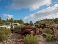 rusty-cars-cmentarzysko-samochodow-cars-graveyard-France-Francja-lieux-abandonnes-urbex-urban-exploration-abandoned-urbex.net_.pl-3