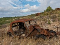 rusty-cars-cmentarzysko-samochodow-cars-graveyard-France-Francja-lieux-abandonnes-urbex-urban-exploration-abandoned-urbex.net_.pl-7