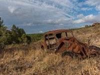 rusty-cars-cmentarzysko-samochodow-cars-graveyard-France-Francja-lieux-abandonnes-urbex-urban-exploration-abandoned-urbex.net_.pl-8