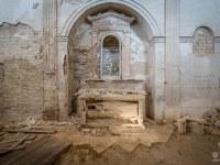 sepolcro-S.-Francesco-kosciol-church-Italy-Wlochy-luoghi-abbandonati-urbex-urban-exploration-abandoned-miejsca-opuszczone-urbex.net_.pl-2