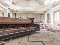 bulgary-bułgaria-urbex-abanded-bulgaria-theater-piano-2