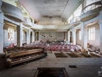 bulgary-bułgaria-urbex-abanded-bulgaria-theater-piano