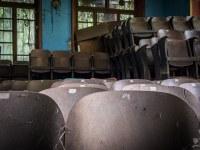 tom-curtain-teatr-theater-Italy-Wlochy-luoghi-abbandonati-urbex-urban-exploration-abandoned-miejsca-opuszczone-urbex.net_.pl-10