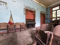 tom-curtain-teatr-theater-Italy-Wlochy-luoghi-abbandonati-urbex-urban-exploration-abandoned-miejsca-opuszczone-urbex.net_.pl-11