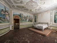 Villa-PDO-willa-villa-manor-mansion-chatoue-Italy-Wlochy-luoghi-abbandonati-urbex-urban-exploration-abandoned-miejsca-opuszczone-urbex.net_.pl-2