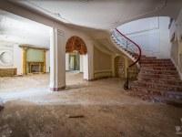 Villa-PDO-willa-villa-manor-mansion-chatoue-Italy-Wlochy-luoghi-abbandonati-urbex-urban-exploration-abandoned-miejsca-opuszczone-urbex.net_.pl-8