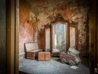 villa-rotonda-spazio-willa-villa-manor-mansion-chatoue-Italy-Wlochy-luoghi-abbandonati-urbex-urban-exploration-abandoned-urbex.net_.pl-5