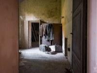 villa-rotonda-spazio-willa-villa-manor-mansion-chatoue-Italy-Wlochy-luoghi-abbandonati-urbex-urban-exploration-abandoned-urbex.net_.pl-6