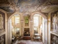 villa-SG-willa-villa-manor-mansion-chatoue-Italy-Wlochy-luoghi-abbandonati-urbex-urban-exploration-abandoned-miejsca-opuszczone-urbex.net_.pl-2