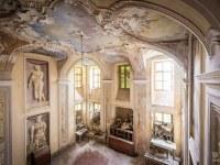 villa-SG-willa-villa-manor-mansion-chatoue-Italy-Wlochy-luoghi-abbandonati-urbex-urban-exploration-abandoned-miejsca-opuszczone-urbex.net_.pl-3