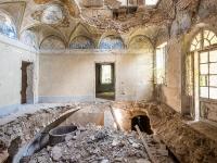 villa-Zobolo-willa-villa-manor-mansion-chatoue-Italy-Wlochy-luoghi-abbandonati-urbex-urban-exploration-abandoned-miejsca-opuszczone-urbex.net_.pl-7