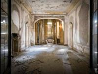 Villa-Drapp-willa-villa-manor-mansion-chatoue-Italy-Wlochy-luoghi-abbandonati-urbex-urban-exploration-abandoned-urbex.net_.pl-9