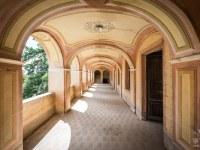 Villa-Oriental-Gem-willa-villa-manor-mansion-chatoue-Italy-Wlochy-luoghi-abbandonati-urbex-urban-exploration-abandoned-urbex.net_.pl-2