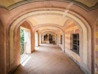 Villa-Oriental-Gem-willa-villa-manor-mansion-chatoue-Italy-Wlochy-luoghi-abbandonati-urbex-urban-exploration-abandoned-urbex.net_.pl-5
