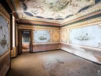 Villa-Oriental-Gem-willa-villa-manor-mansion-chatoue-Italy-Wlochy-luoghi-abbandonati-urbex-urban-exploration-abandoned-urbex.net_.pl-7