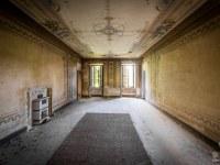 Villa-Oriental-Gem-willa-villa-manor-mansion-chatoue-Italy-Wlochy-luoghi-abbandonati-urbex-urban-exploration-abandoned-urbex.net_.pl-8