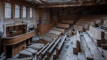abandoned auction house United Kingdom