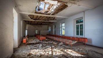 abandoned colony italy