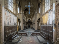 blue, christ, church, belgium, urbex, abandoned-5