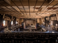 burned, cinema, italy, urbex, abandoned (2)