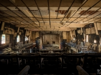 burned, cinema, italy, urbex, abandoned (3)