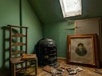 dr-pepito-belgium-abandoned-house-3