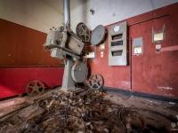 cinema, extravaganza, portugal, urbex, abandoned-3