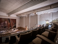 cinema, extravaganza, portugal, urbex, abandoned-4