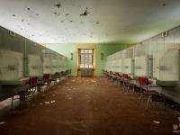 italy, hospital, abandoned-4