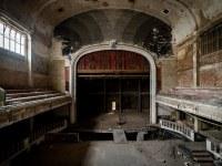 theater-belgium-varia-abandoned-urbex-2