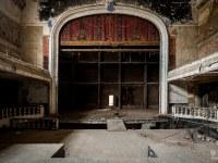 theater-belgium-varia-abandoned-urbex-4
